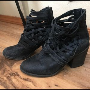 Free people carrera bootie size 37